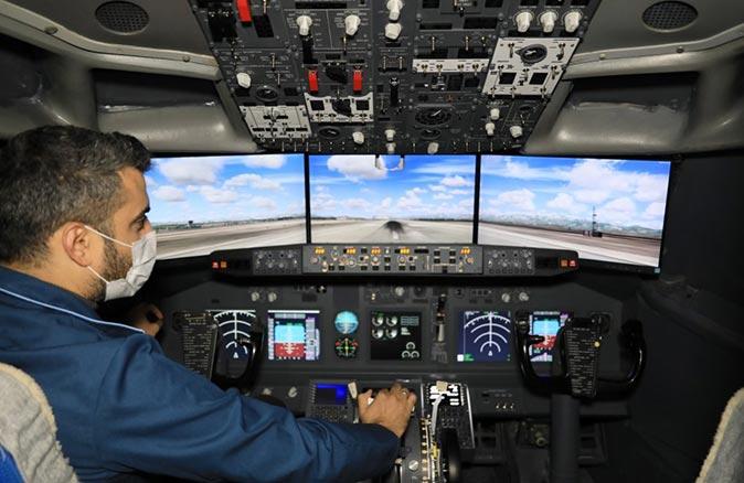 Aksu Uçak Bakım Teknolojileri Mesleki ve Teknik Anadolu Lisesi bahçesinden havalanıyor, dünyayı geziyor