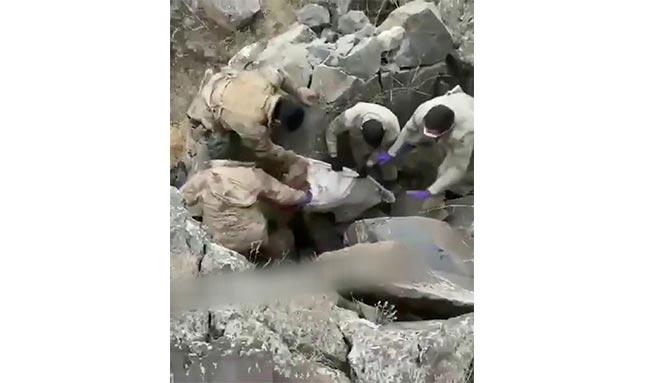 Böyle vahşet görülmedi! Babalarını elektrik kablosuyla boğup, mağaraya gömmüşler
