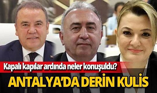Yavuz Donat, Muhittin Böcek'in tedavi sürecinde Antalya siyasetinde yaşananları yazdı