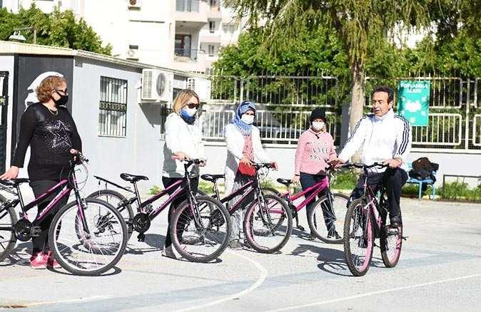 Muratpaşa'da bisiklet kültürü gelişiyor