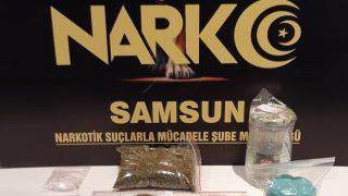 Samsun'da uyuşturucu madde taşıyan 2 kişi gözaltına alındı