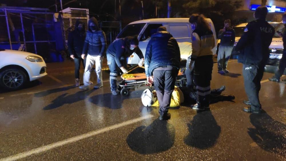 Bursa'da feci kaza! Kurye yaralandı