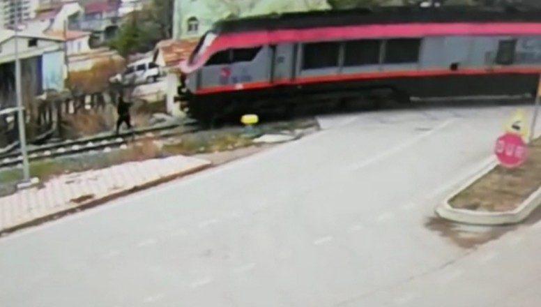 Amasya'daki feci tren kazası kameraya yansıdı