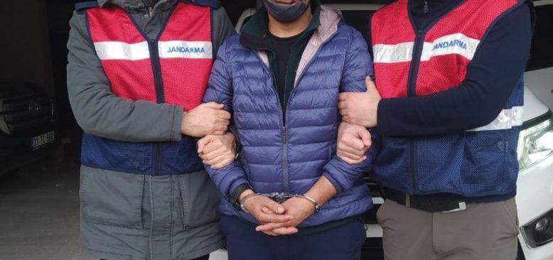 Kırmızı Bültenle aranıyordu! Türkiye geçmeye çalışan DEAŞ'lı terörist tutuklandı