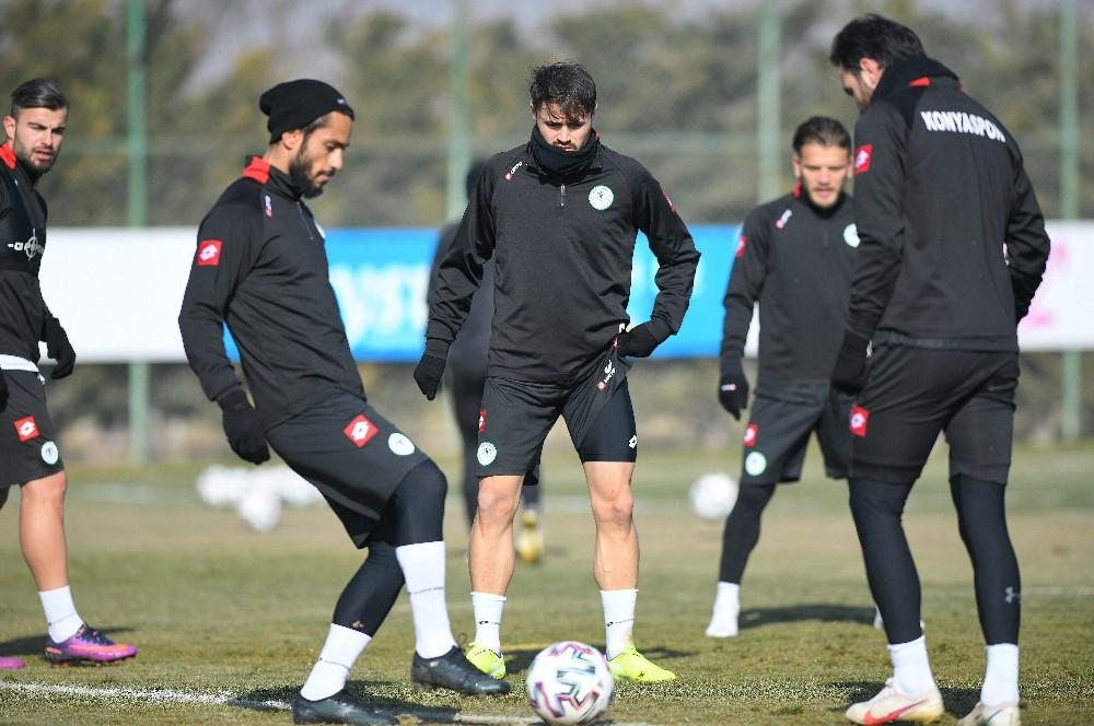 Konyaspor, Antalyaspor maçı hazırlıklarını tamamladı