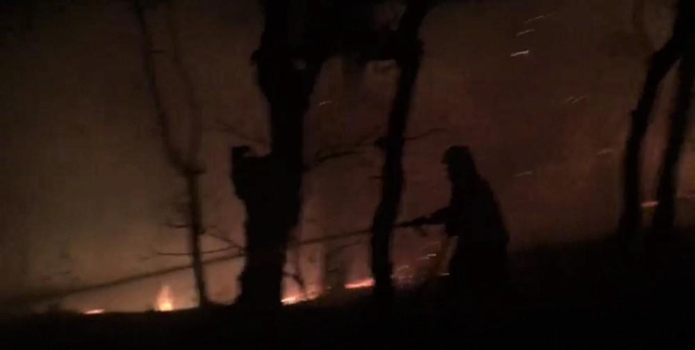 Samanlıkta çıkan yangın ormanlık alana sıçradı
