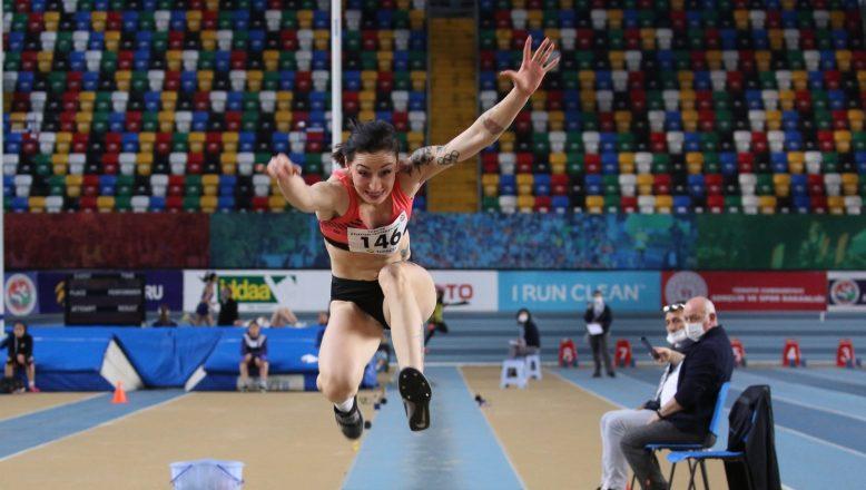 Türkiye rekoru kırdı! Milli atlet Tuğba Danışmaz'dan yeni yıl başarısı