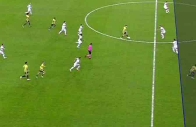 Fenerbahçe-Alanyaspor maçındaki VAR çizgisi dünya gündemine oturdu