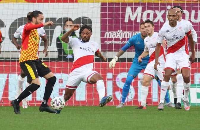 Antalyaspor'dan 5 ay sonra gelen deplasman galibiyeti