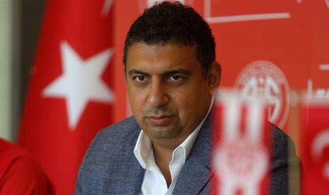 SON DAKİKA! Antalyaspor Başkanı Ali Şafak Öztürk istifa etti...