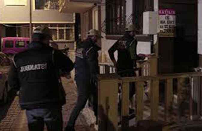 FETÖ'ye gece baskını! İstanbul merkezli 33 ilde dev operasyon