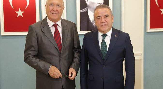Milletvekili Hasan Subaşı'ndan Başkan Böcek'e 'sürgün' tepkisi