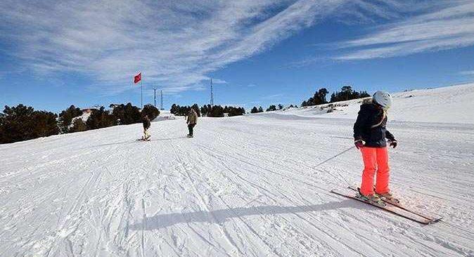 Antalya'daki kayak merkezleri için yeni koronavirüs tedbirleri getirildi