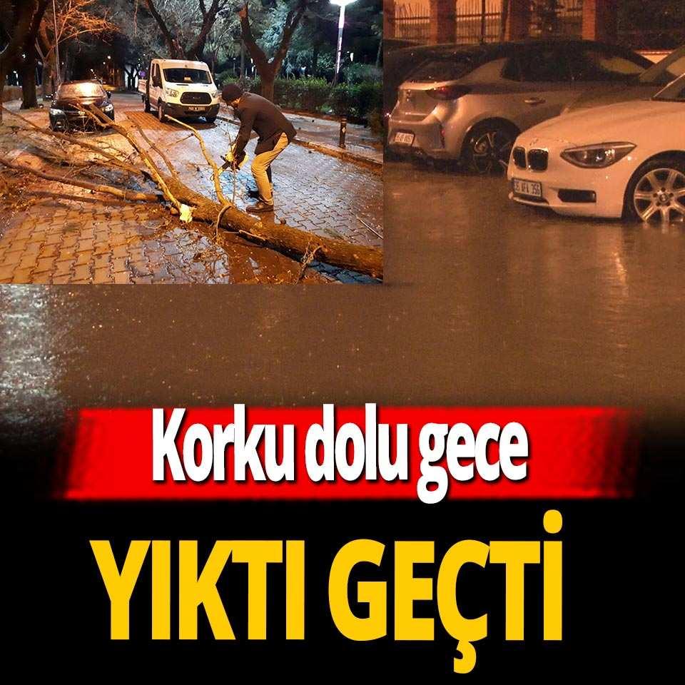 Sağanak yağış ve fırtına İzmir, Manisa ve Denizli'yi vurdu