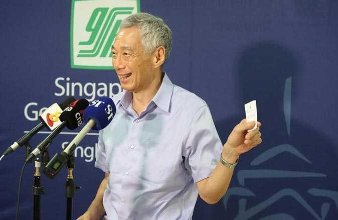 Lee Hsien Loong korona aşısı oldu