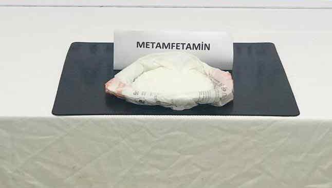 Turistlere uyuşturucu satan şahıs yakalandı