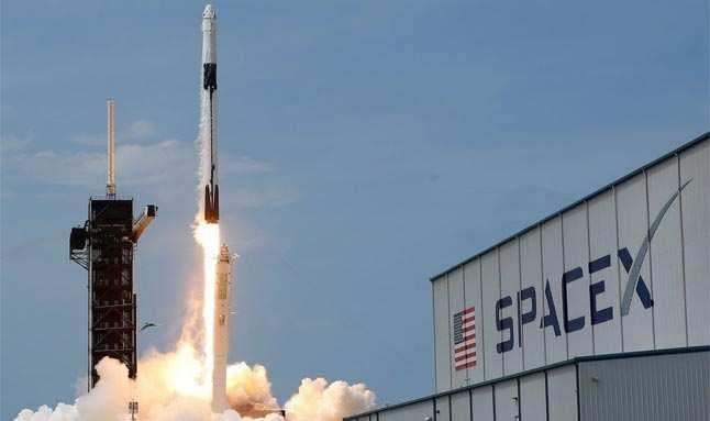 Kutup yörüngesine yerleştirilecek ilk uydular yola çıktı