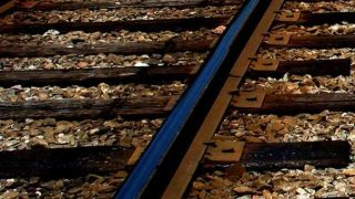 TikTok videosu çeken gence tren çarptı