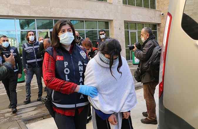 Vurgun yapan 'Altın Kızlar' tutuklandı