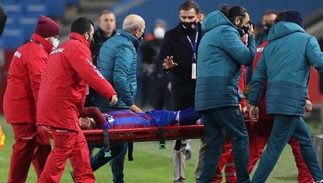 Konyaspor maçında ayağı kırılan Abdülkadir Ömür'den kötü haber
