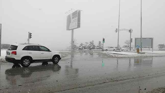 Başkent'te kar vatandaşa zor anlar yaşattı