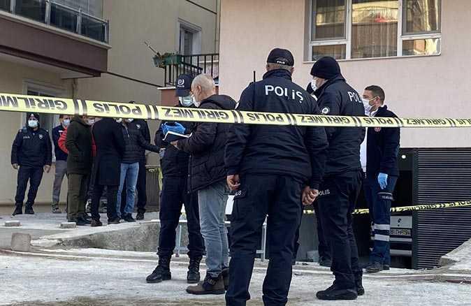 Ankara'da 3 kişi apartman garajında ölü bulundu