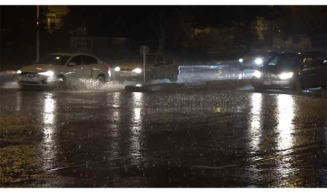 antalya kuvvetli yağış 44