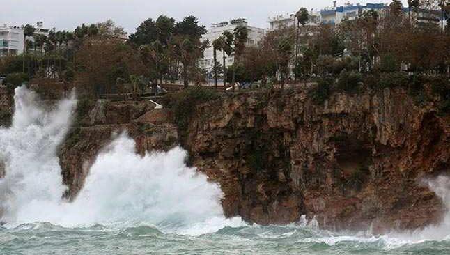 30 Ocak 2021 Cumartesi Antalya hava durumu