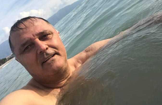 CHP'li il Başkanı yasağa rağmen yüzerken fotosunu paylaşmıştı