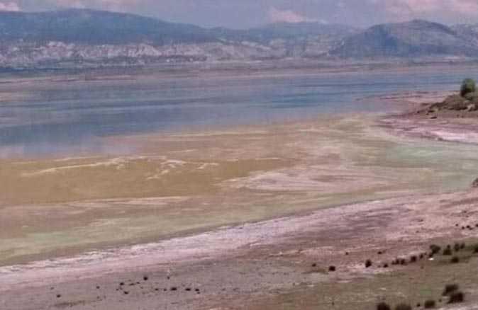 Doç. Dr. Erol Kesici açıkladı! Burdur Gölü neden kuruyor?