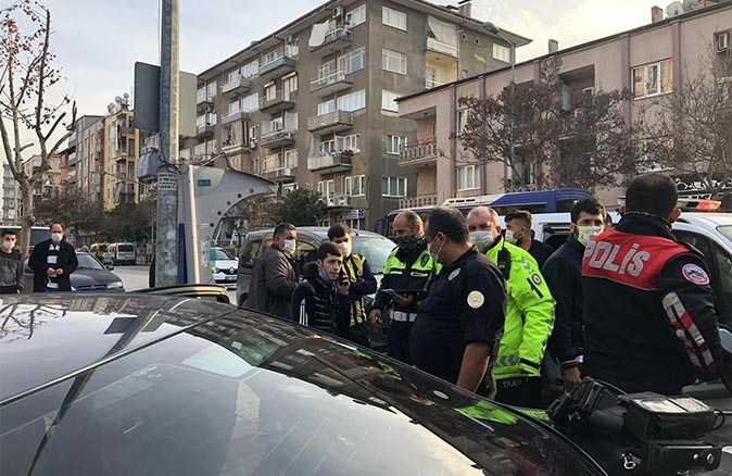 Kural tanımaz sürücü kısıtlamada polisten kaçarken kaza yaptı! 16 bin 450 TL ceza yedi