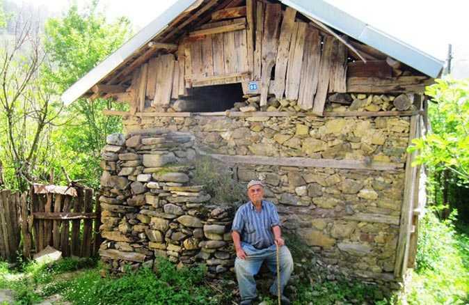 Köy evleri nasıl ve kaç günde yapılıyordu?