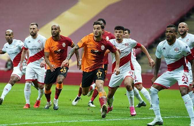 Galatasaray, Antalyaspor maçı sona erdi