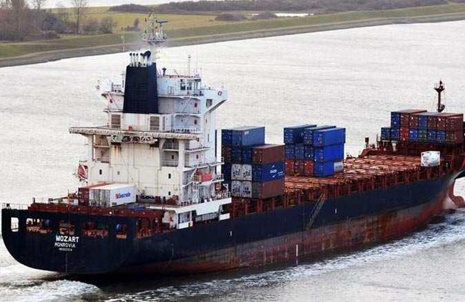 SON DAKİKA! Kaçırılan Türk gemisinde bulunan denizcilerle ilgili yeni gelişme