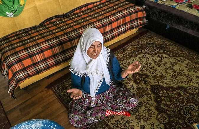 7 yıl önce eşini kaybetti! Elektriği, suyu olmayan evde yaşam mücadelesi veriyor