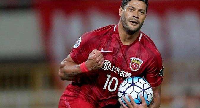 Beşiktaş'ın transfer listesinde olan Hulk, Atletico Mineiro ile anlaştı