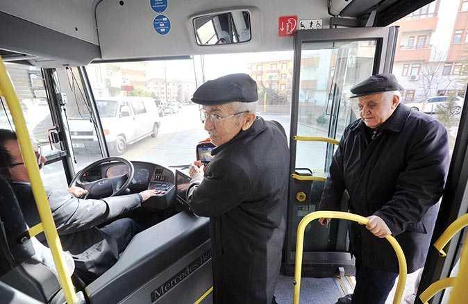 Yeni yasaklar başlıyor! 65 yaş üstü ve 20 yaş altına toplu taşıma araçlarına binemeyecekler