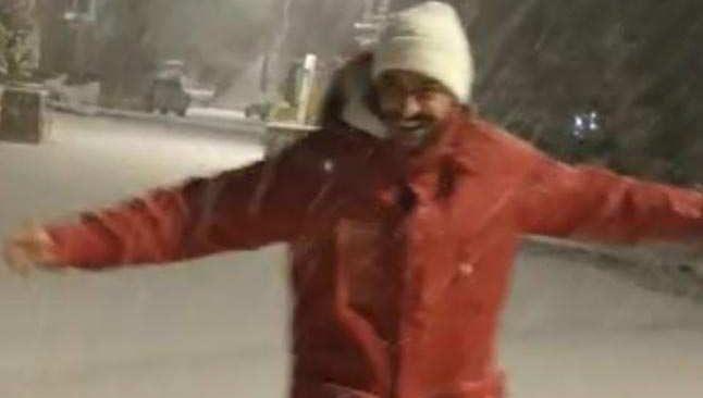 Saklıkent'e yağan kar göbek attırdı