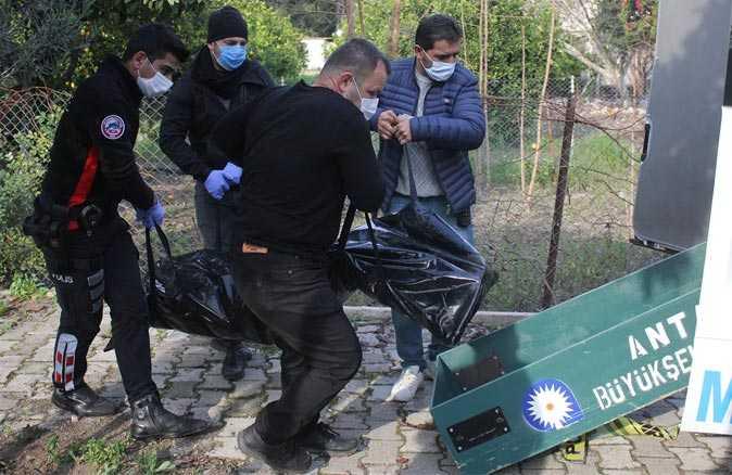 Kemer'de portakal ağacına asılı ceset bulundu