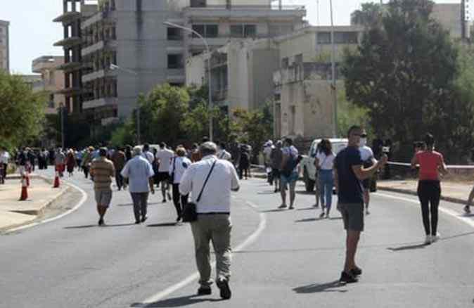 Yıllar sonra açılan KKTC'nin Maraş bölgesine ziyaretçi akını