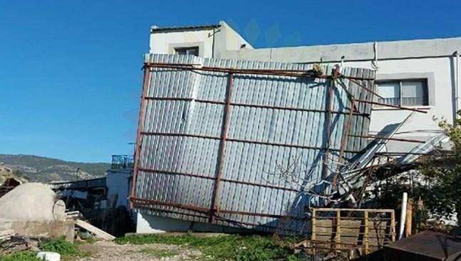KKTC'de şiddetli fırtına hasara yol açtı
