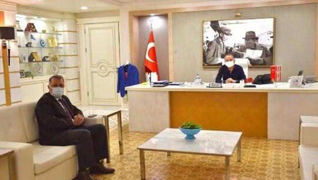 CHP Antalya İl Başkanı Nusret Bayar'dan Antalya Büyükşehir Belediye Başkanı Muhittin Böcek'e ziyaret