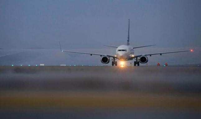 Rüzgar nedeniyle uçak Muğla'ya inemeyince bir yolcu panik atak geçirdi
