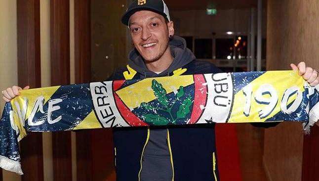 SON DAKİKA... Fenerbahçe Mesut Özil transferini resmen açıkladı
