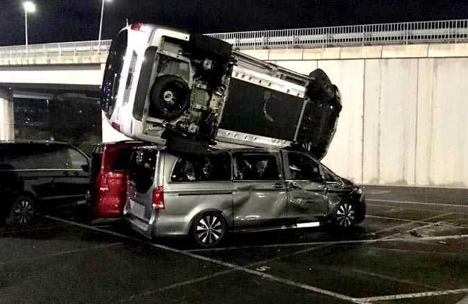 Mercedes-Benz fabrikasına şok saldırı