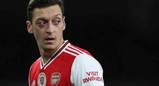 Mesut Özil Fenerbahçe'ye bir adım daha yaklaştı
