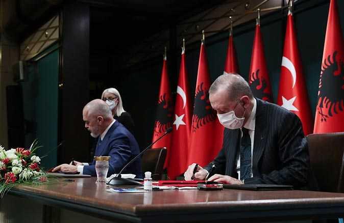 Cumhurbaşkanı Recep Tayyip Erdoğan ve Arnavutluk Başbakanı Rama