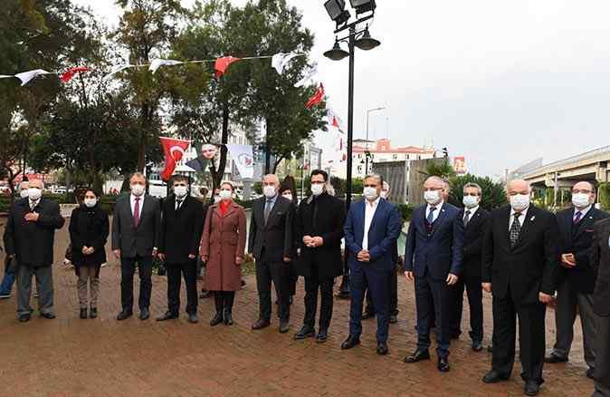 KKTC Kurucu Cumhurbaşkanı Rauf Denktaş Muratpaşa'da anıldı