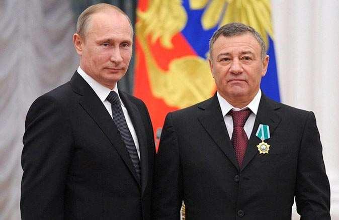 Rusyayı karıştıran Karadeniz kıyısındaki sarayın sahibi ortaya çıktı