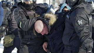 Muhalif lider Aleksey Navalni çağrı yaptı! Rusya karıştı